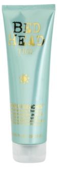 TIGI Bed Head Totally Beachin das Reinigungsshampoo für von der Sonne überanstrengtes Haar