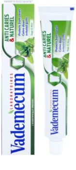 Vademecum Anti Caries & Naturel pasta za zube za regeneraciju desni