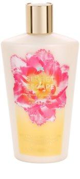 Victoria's Secret Secret Escape Sheer Freesia & Guava Flowers tělové mléko pro ženy 250 ml