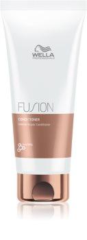 Wella Professionals Fusion intenzivný regeneračný kondicionér pre poškodené vlasy