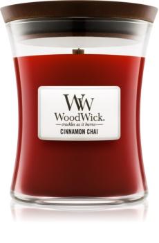 Woodwick Cinnamon Chai illatos gyertya  275 g közepes