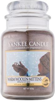 Yankee Candle Warm Woolen Mittens świeczka zapachowa  623 g Classic duża