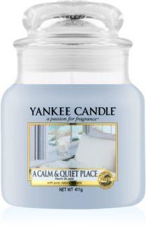Yankee Candle A Calm & Quiet Place świeczka zapachowa  411 g Classic średnia