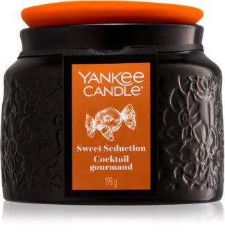 Yankee Candle Limited Edition Sweet Seduction lumânare parfumată  198 g I.