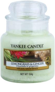 Yankee Candle Lemongrass & Ginger illatos gyertya  104 g Classic kis méret