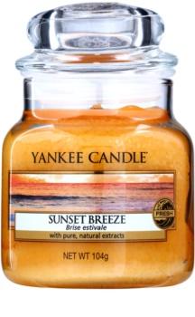 Yankee Candle Sunset Breeze świeczka zapachowa  105 g Classic mała