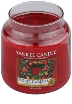 Yankee Candle Red Apple Wreath vela perfumado 411 g Classic médio
