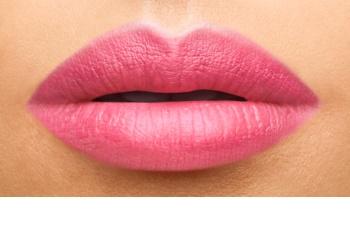 Yves Saint Laurent Baby Doll Kiss & Blush ruž za usne i obraze s mat efektom
