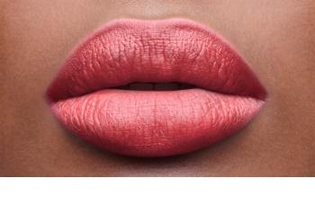 Yves Saint Laurent Baby Doll Kiss & Blush Lippenstift für Lippen und Wangen mit Matt-Effekt