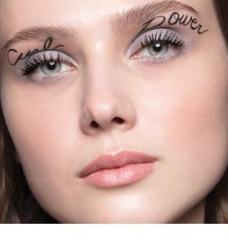 Yves Saint Laurent Mascara Volume Effet Faux Cils The Curler mascara pentru extensie, rotunjire si volum