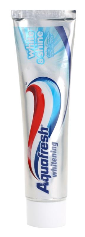 Aquafresh Whitening dentifrice pour des dents éclatantes de blancheur