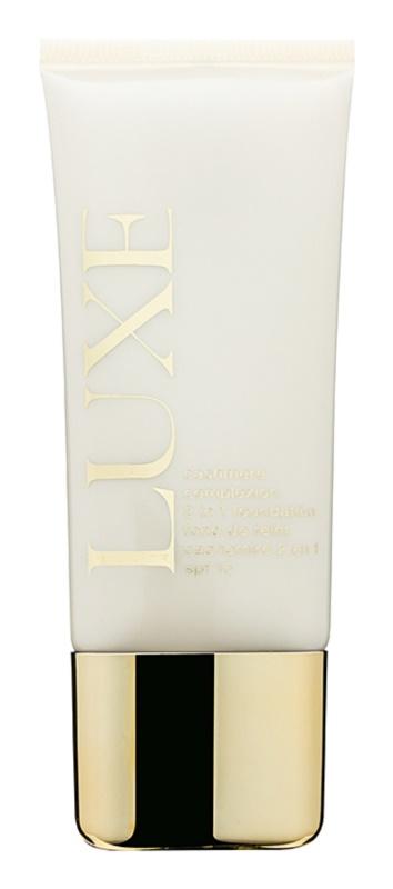 Avon Luxe Makeup krycí make-up SPF 15