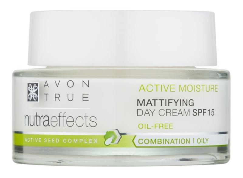Avon True NutraEffects fiatalító nappali krém SPF 15