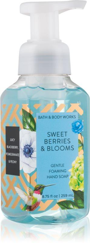 Bath & Body Works Sweet Berries & Blooms hab szappan kézre
