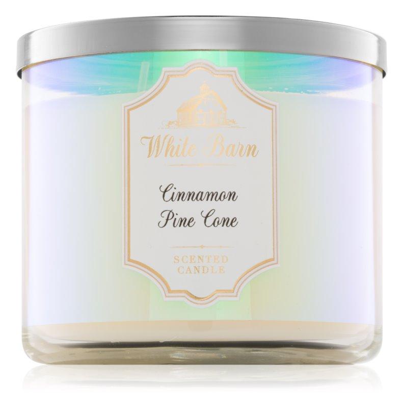 Bath & Body Works Cinnamon Pine Cone vonná svíčka 411 g