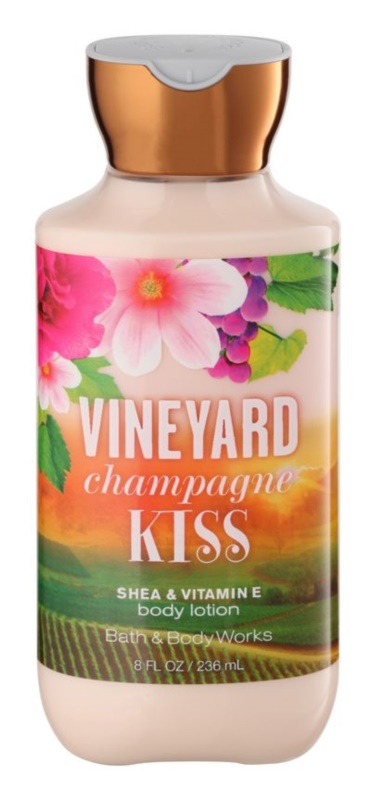 Bath & Body Works Vineyard Champagne Kiss Bodylotion  voor Vrouwen  236 ml