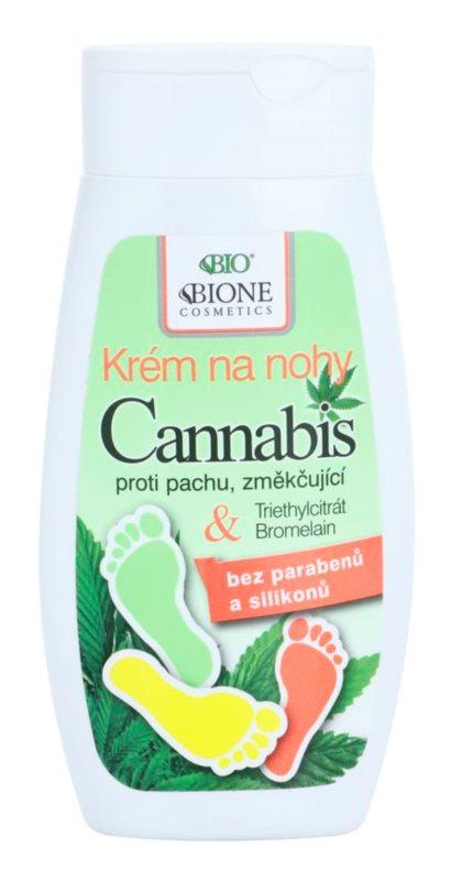 Bione Cosmetics Cannabis zmäkčujúci krém na nohy