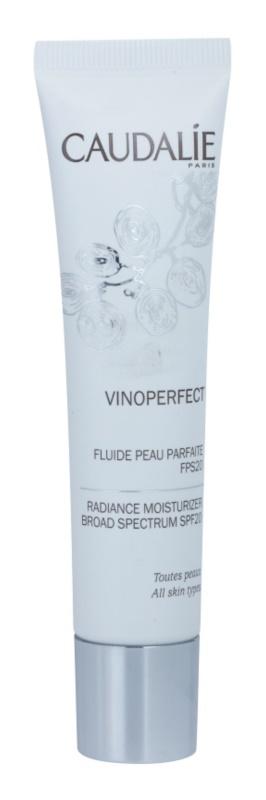 Caudalie Vinoperfect fluido hidratante iluminador para unificar a cor do tom de pele