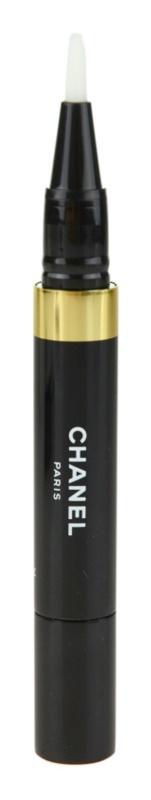 Chanel Éclat Lumière corector iluminator in baton aplicator