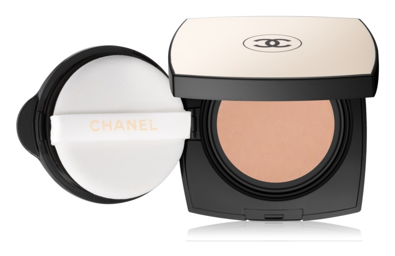 Chanel Les Beiges Cream Foundation SPF 25