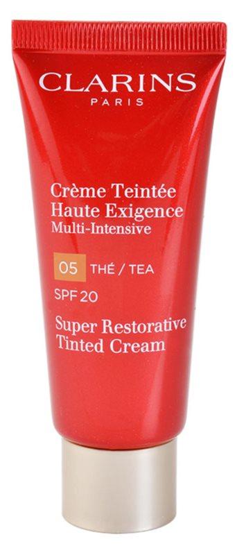 Clarins Super Restorative crema con color regeneradora antiarrugas SPF 20
