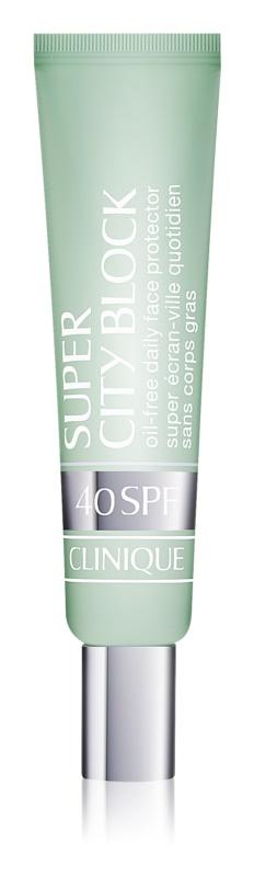 Clinique Super City Block schützende Pflege gegen Sonnenstrahlung SPF 40
