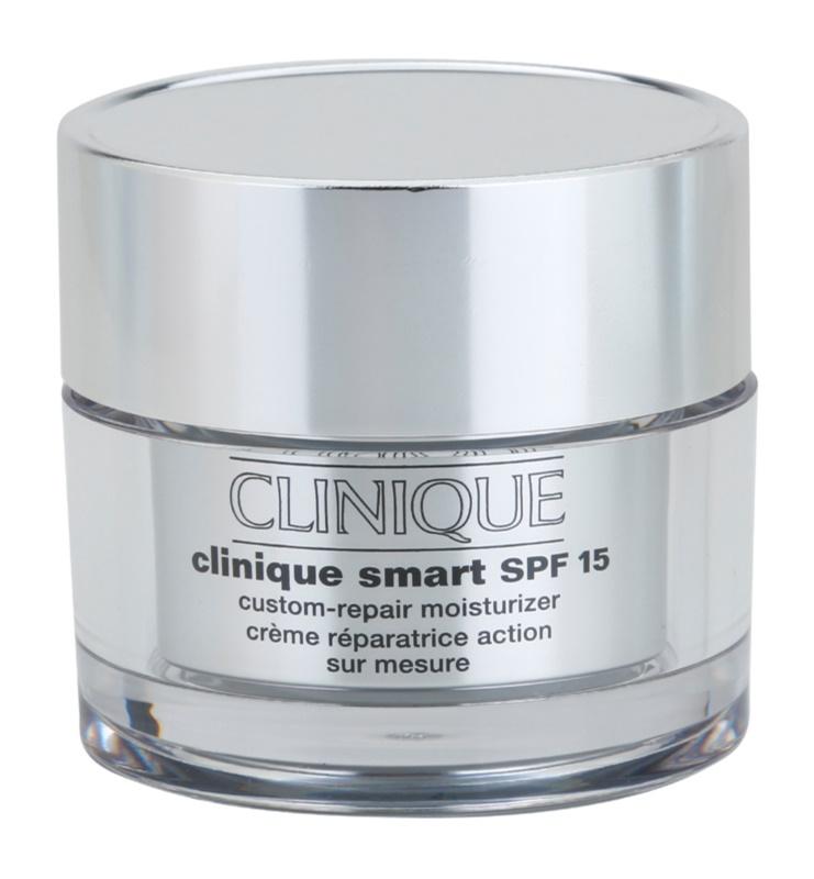 Clinique Clinique Smart denný hydratačný krém proti vráskam pre mastnú pleť SPF 15