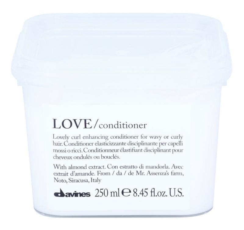 Davines Love Almond acondicionador para cabello ondulado
