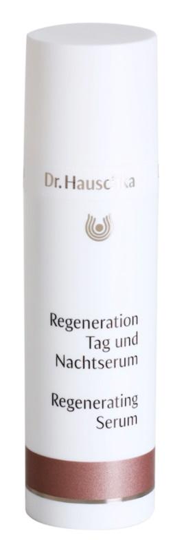 Dr. Hauschka Facial Care ser regenerator pentru ten matur