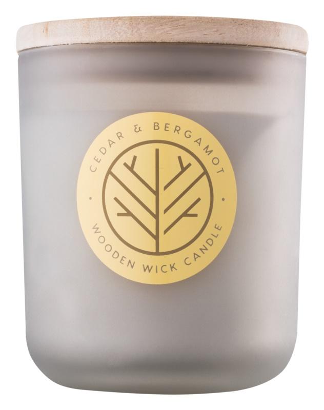 DW Home Cedar & Bergamont dišeča sveča  320,35 g z lesenim stenjem