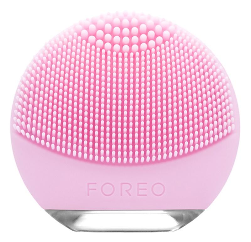 FOREO Luna™ Go szczoteczka do oczyszczania twarzy opakowanie podróżne