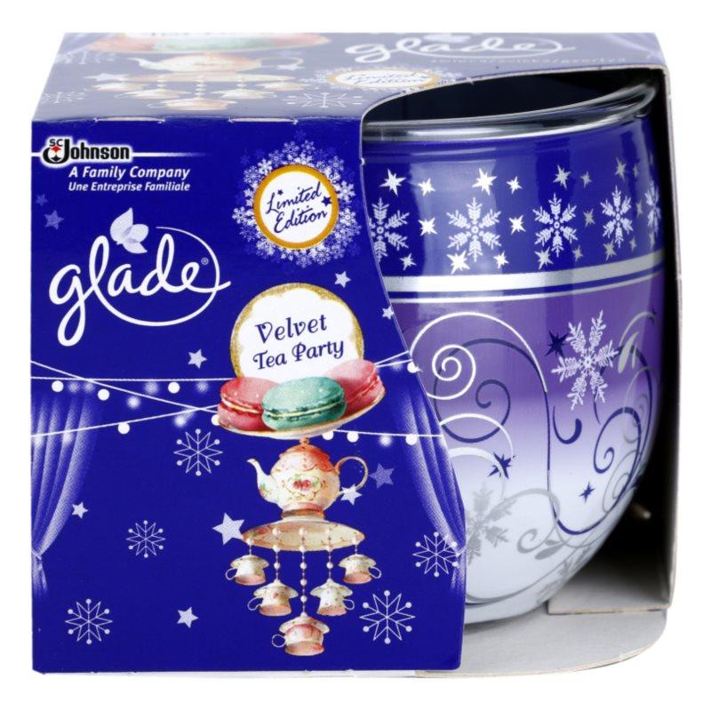 Glade Velvet Tea Party vonná sviečka 120 g