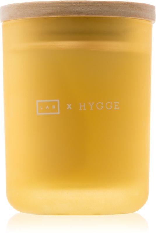 LAB Hygge Presence vonná svíčka 107,73 g  (Lemongrass Clove)