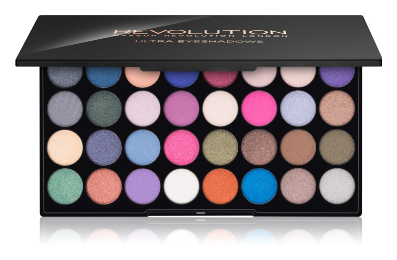 Makeup Revolution Eyes Like Angels paleta očných tieňov