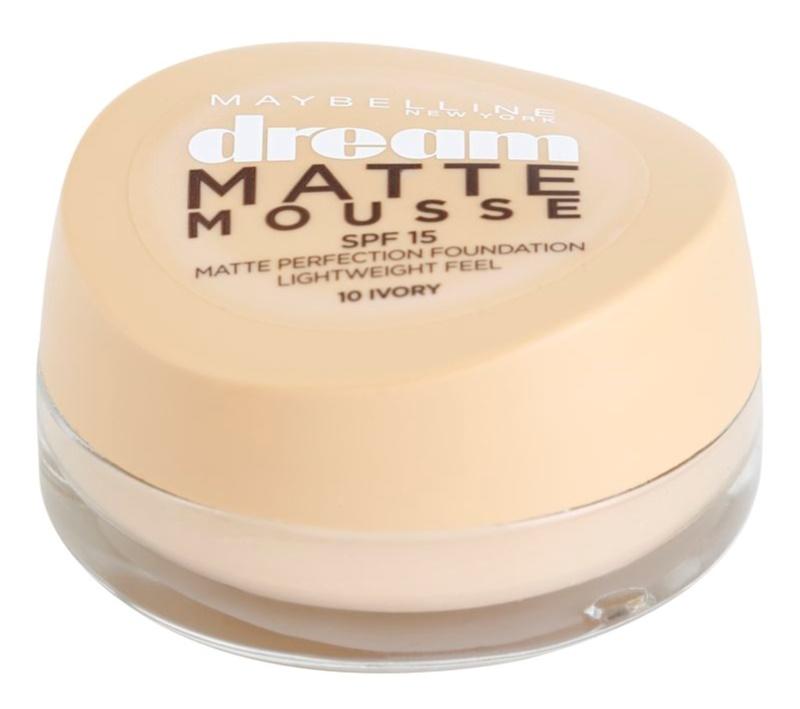 Maybelline Dream Matte Mousse matirajoči tekoči puder