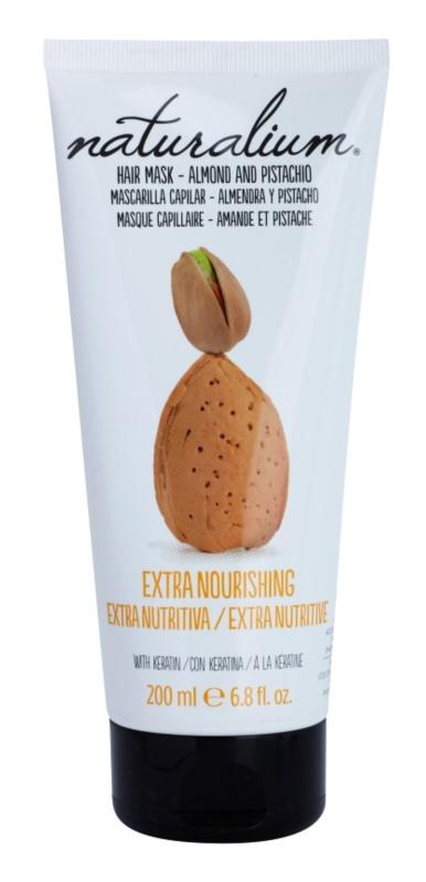 Naturalium Nuts Almond and Pistachio nährende Maske mit Keratin