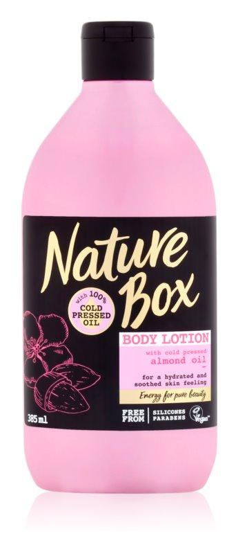 Nature Box Almond vlažilni losjon za telo za občutljivo kožo