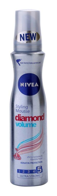 Nivea Diamond Volume mousse para volume e brilho