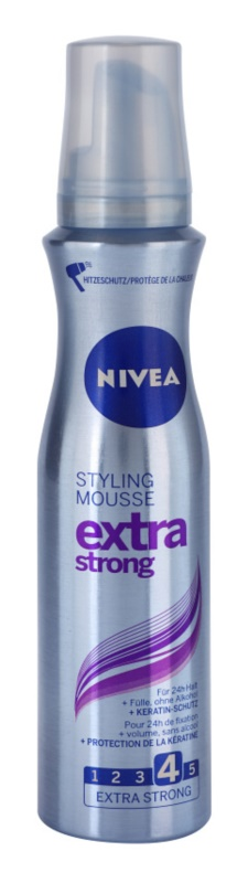 Nivea Extra Strong fissante in mousse