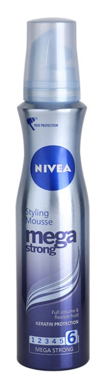 Nivea Mega Strong fixáló hab a hosszantartó dús hatásért