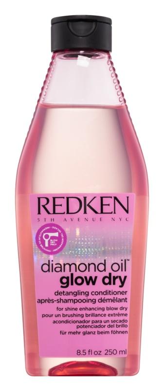 Redken Diamond Oil Glow Dry rozjasňujúci kondicionér pre lesk a ľahké rozčesávanie vlasov
