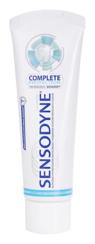 Sensodyne Complete Protection pasta do zębów intensywnie oczyszczająca