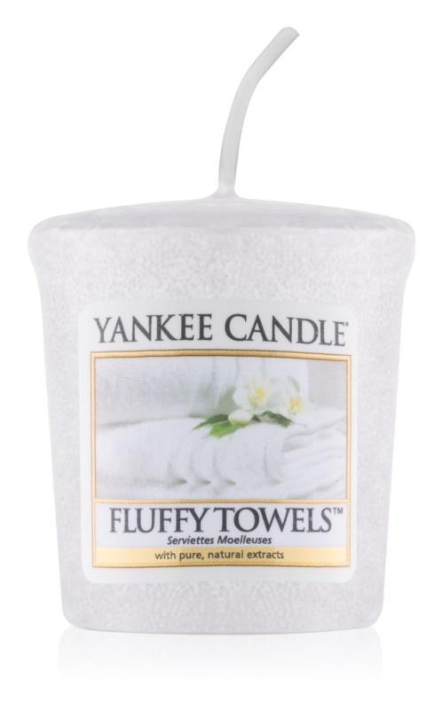 Yankee Candle Fluffy Towels votívna sviečka 49 g