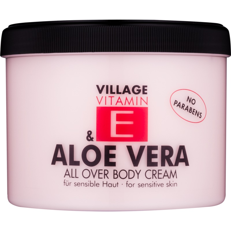 Village Vitamin E Aloe Vera крем за тяло 500 мл.