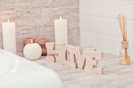 Domowa aromaterapia, czyli najlepsze zapachy do mieszkania