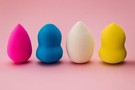 Как да ползваме beauty blender? Научете се как да работите с нея!