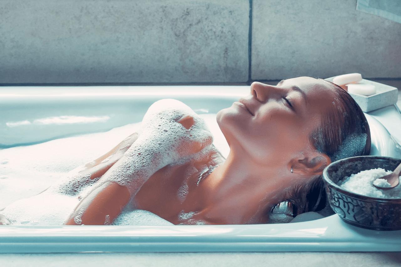 Dopřejte si domácí spa: Relaxační koupel krok za krokem