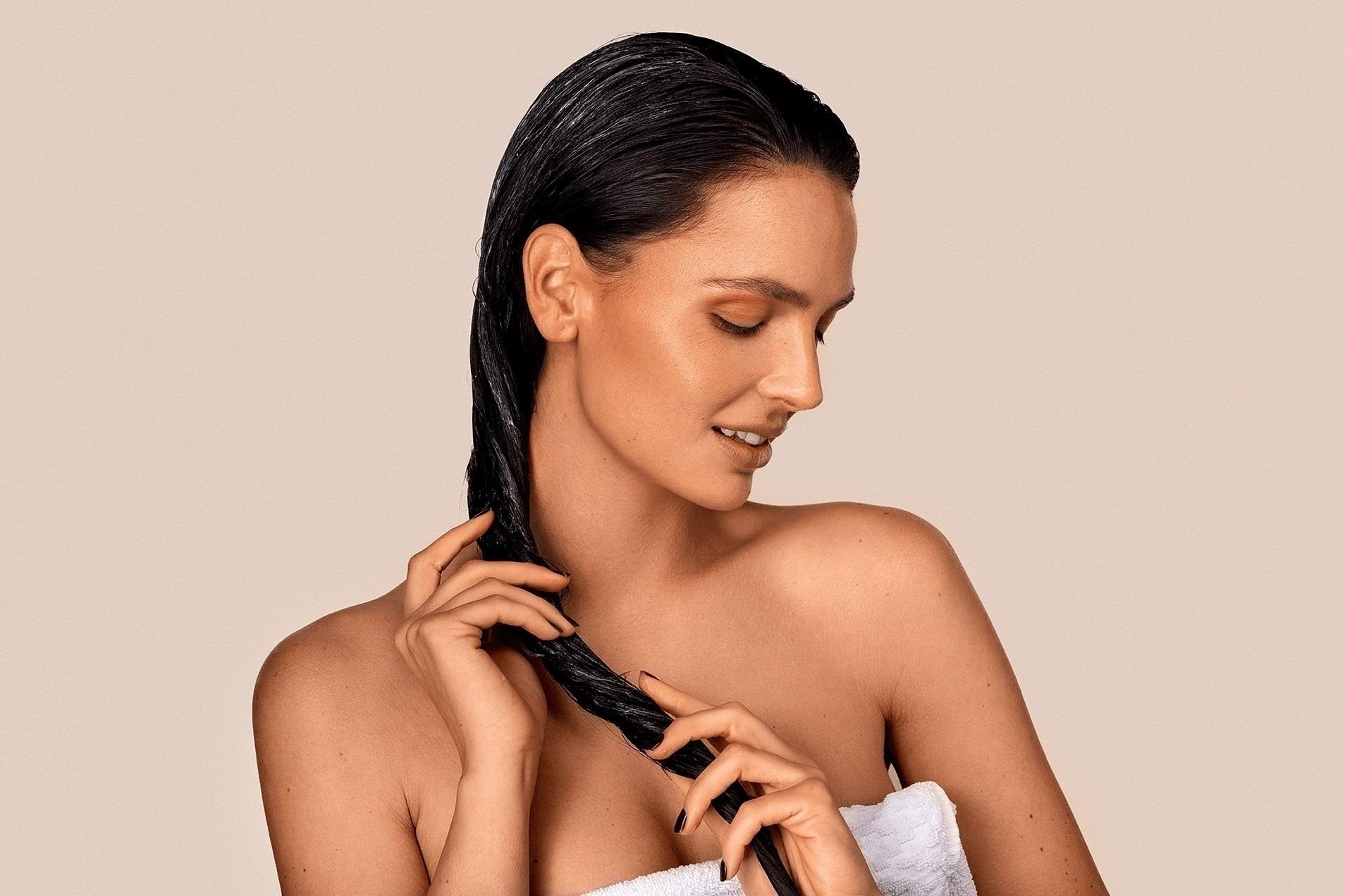 Recenze: Nejúčinnější hydratační masky na vlasy