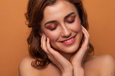 Lekce barevné typologie: Make-up pro podzimní typ