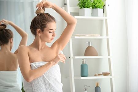 Recenze: Antiperspiranty a deodoranty bez hliníku?